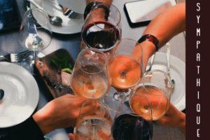 Boire un peu de vin avec les copains, ça reste sympa !