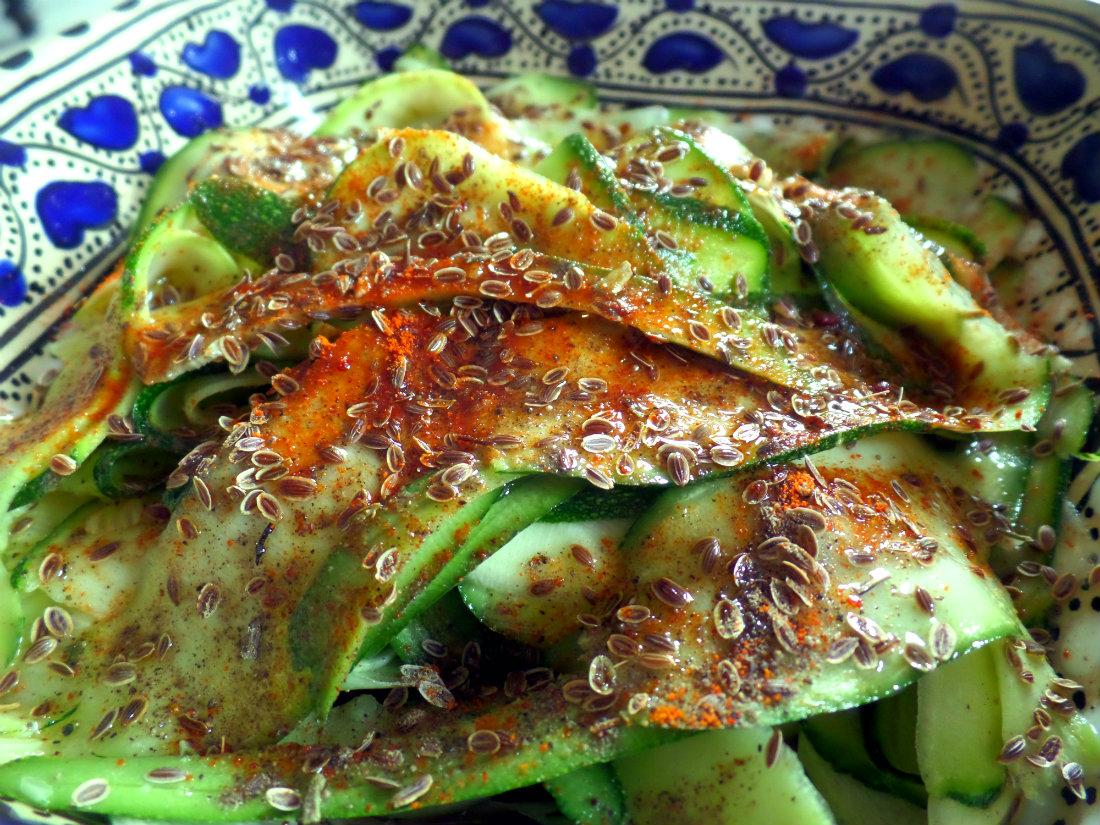 La recette du chouette carpaccio de courgettes, entrée crudivore à dévorer sans compter !