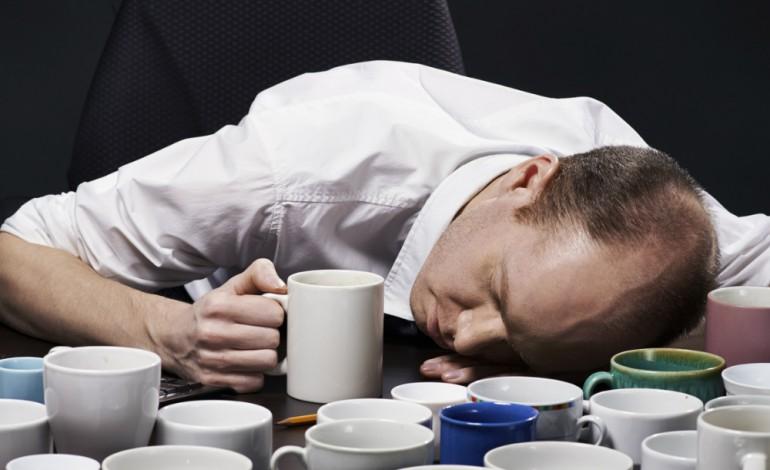Plus tu bois de café, plus tu tires sur la corde, au final c'est ton système nerveux qui trinque.