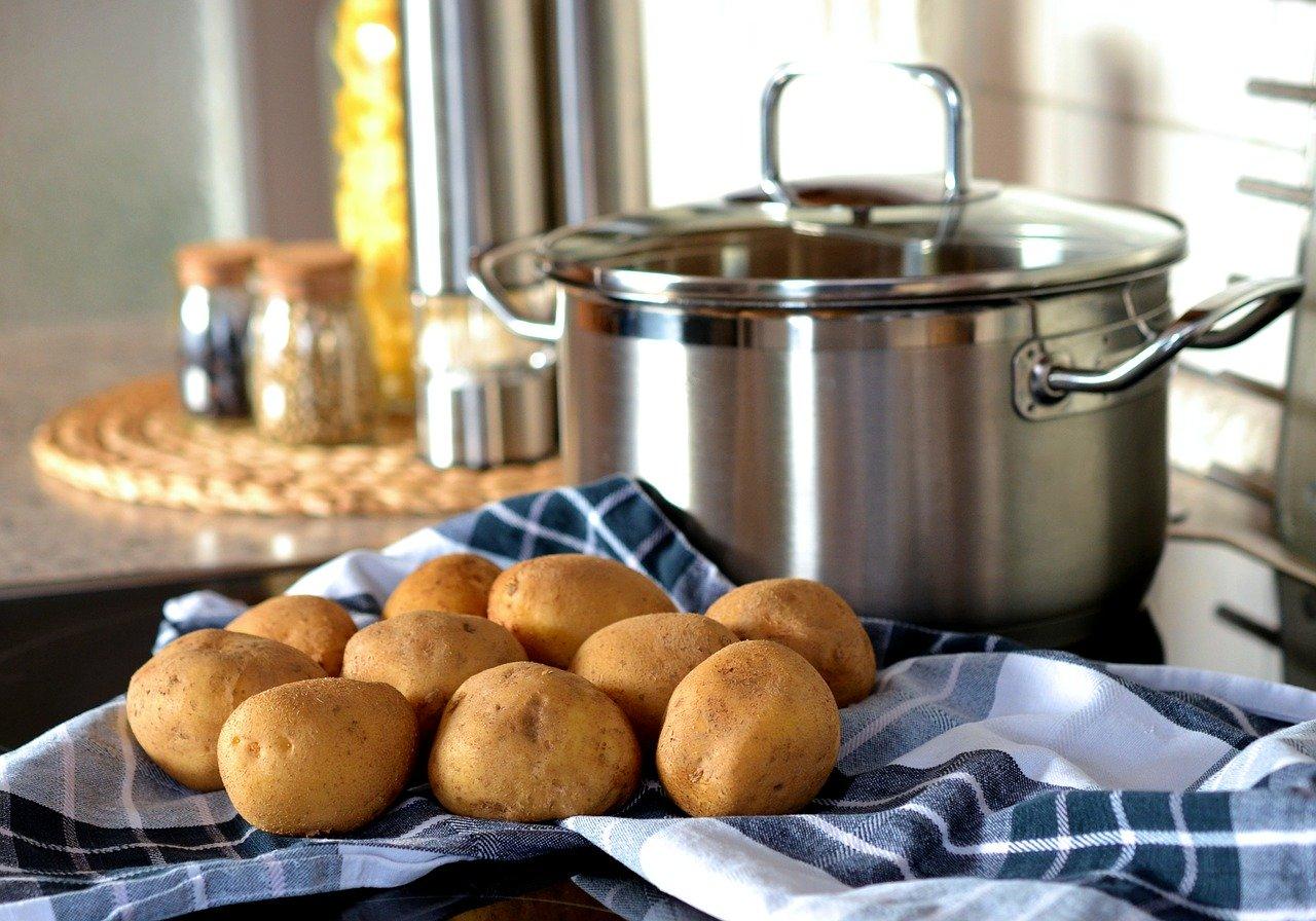 La pomme de terre au four a un indice glycémique bien plus élevée que lorsqu'elle est cuite à la vapeur.
